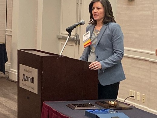 Past KADC President, Lora Jennings Mizell, presenting at the Annual Conference.